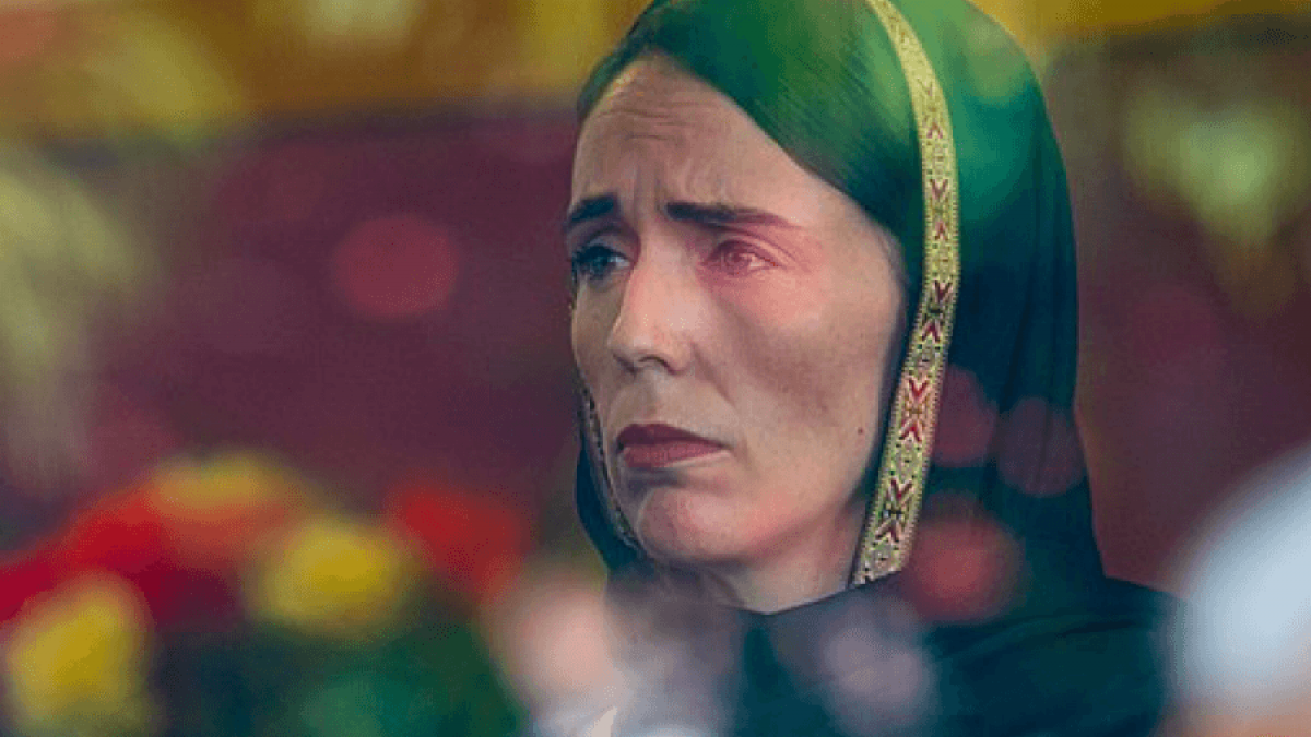 Jacinda Ahern zeigte vor, wie man auf MuslimInnen zugeht