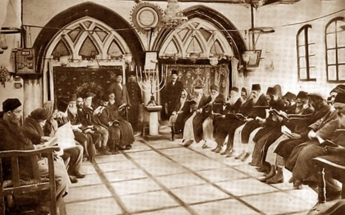 Sephardische Synagoge in Jerusalem Ende des 19. Jahrhunderts, also vor der zionistischen Landnahme. Damals funktionierte das Zusammenleben um vieles besser als in Europa